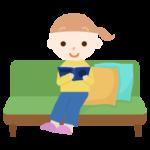 ソファで読書する女の子のイラスト